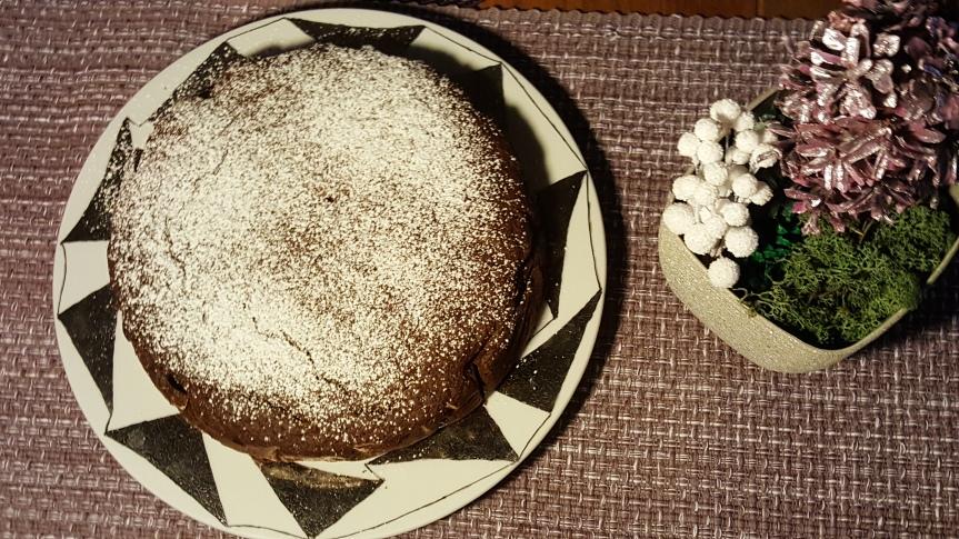 Taateli-karpalokakku, gluteeniton